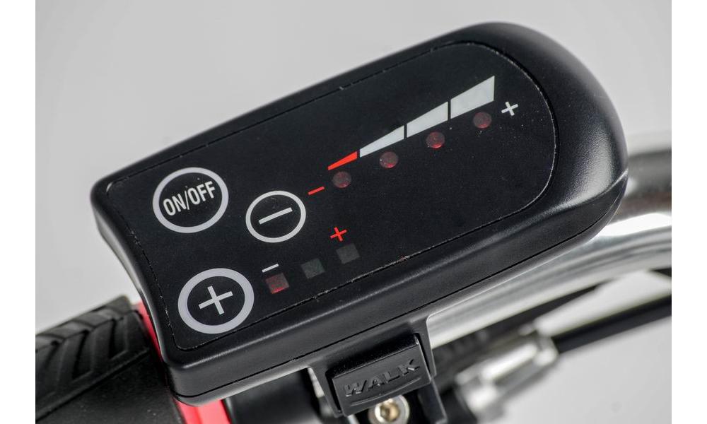 LED ovládací panel s asistentem rozjezdu do 6 km/h